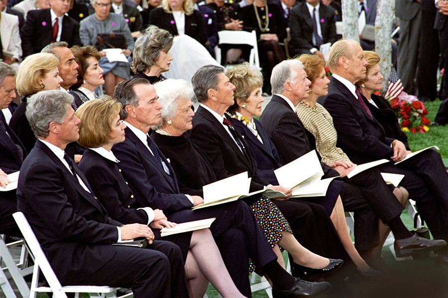 Billy-Graham-Nixon-Funeral-2